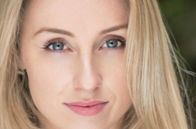 Stephanie Clift joins The Wedding Singer UK tour