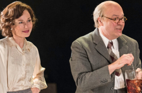 Roger Allam and Nancy Carroll to star in The Moderate Soprano West End run