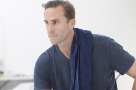 Exclusive: Joseph Fiennes and cast rehearse Ross