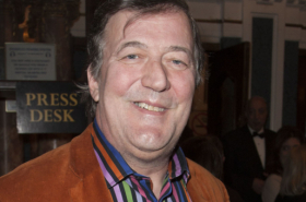 Stephen Fry to give pre-show talk in West End Oscar Wilde season