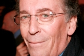 Robert Powell stars in King Charles III tour