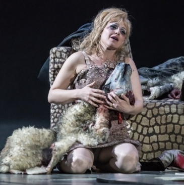 Review: The Exterminating Angel (Royal Opera House)