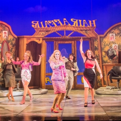 First look at Lucie Jones in the Legally Blonde UK tour