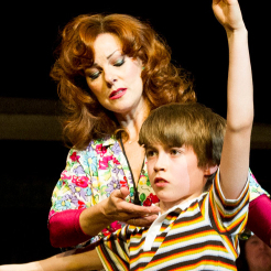 Ruthie Henshall extends run in <em>Billy Elliot</em>