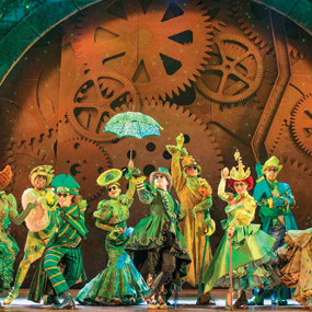 <em>Wicked</em> extends to April 2017