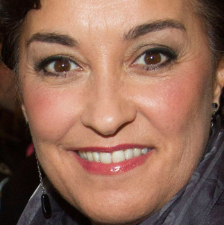 Ria Jones to star in <em>Sunset Boulevard</em> at Leicester Curve