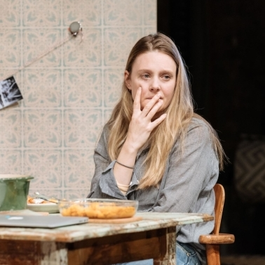 Review: The Writer (Almeida Theatre)