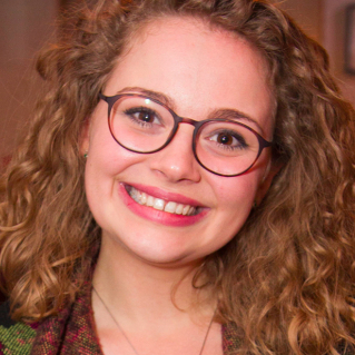 Carrie Hope Fletcher to release debut album