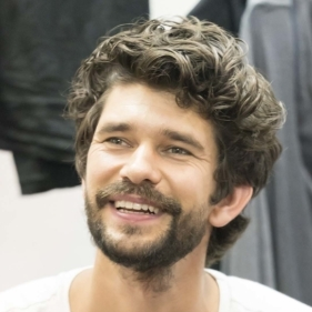 Ben Whishaw and cast in rehearsals for Against