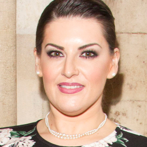 Jodie Prenger to star in UK tour of <em>Shirley Valentine</em>