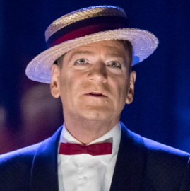 Were critics entertained by Kenneth Branagh's <em>Entertainer</em>?