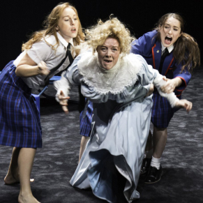 Review: <em>Picnic at Hanging Rock</em> (Royal Lyceum Theatre, Edinburgh)