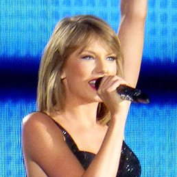 Taylor Swift saves theatre company's opening night