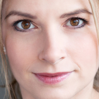 Caroline Sheen to star in <em>Crazy for You</em> at Watermill Theatre