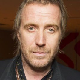 Rhys Ifans to star in new adaptation of <em>A Christmas Carol</em> at the Old Vic