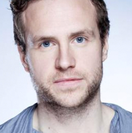 Rafe Spall joins Ruth Wilson in <em>Hedda Gabler</em> at National Theatre