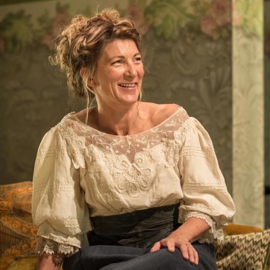 Review: <em>A Woman of No Importance</em> (Vaudeville Theatre)