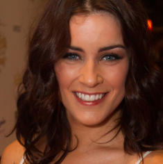 Lucie Jones and Lauren Samuels to star in Girlfriends with London Musical Theatre Orchestra