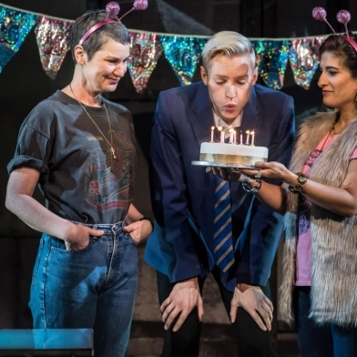 Review: Everybody's Talking About Jamie (Apollo Theatre)