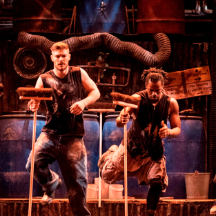 Stomp to close in the West End